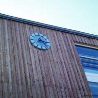 42-neues-dorfzentrum-goehren-lebbin-zifferblatt