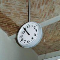 74-hannoversche-str-doppeluhr